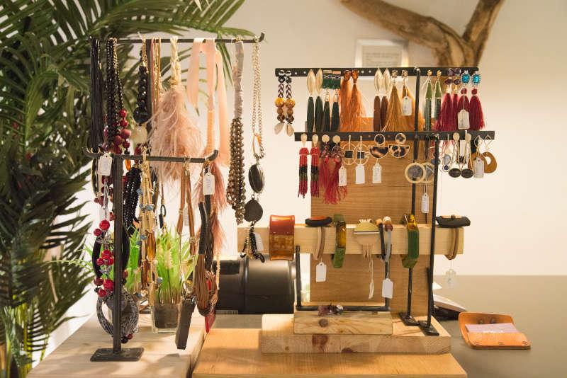 Expositor de collares, pulseras, anillos...